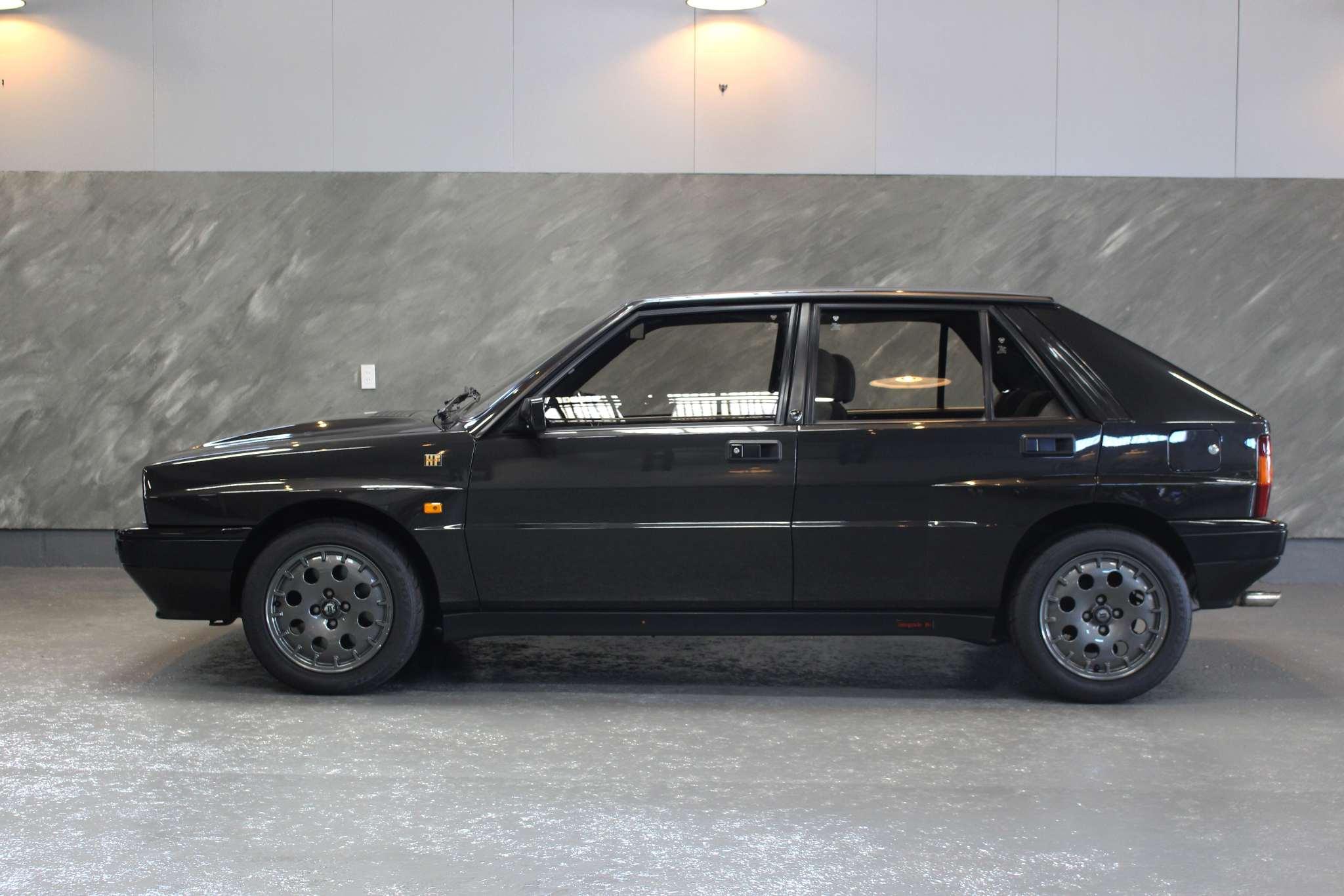 1993 年 ランチア デルタインテグラーレHF16V