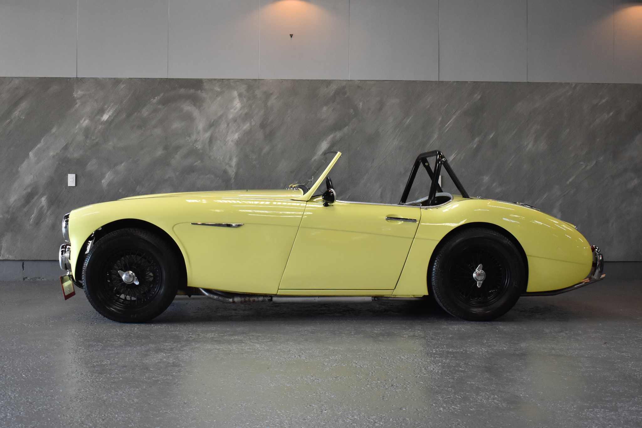 1958 年 オースチンヒーレー100/6
