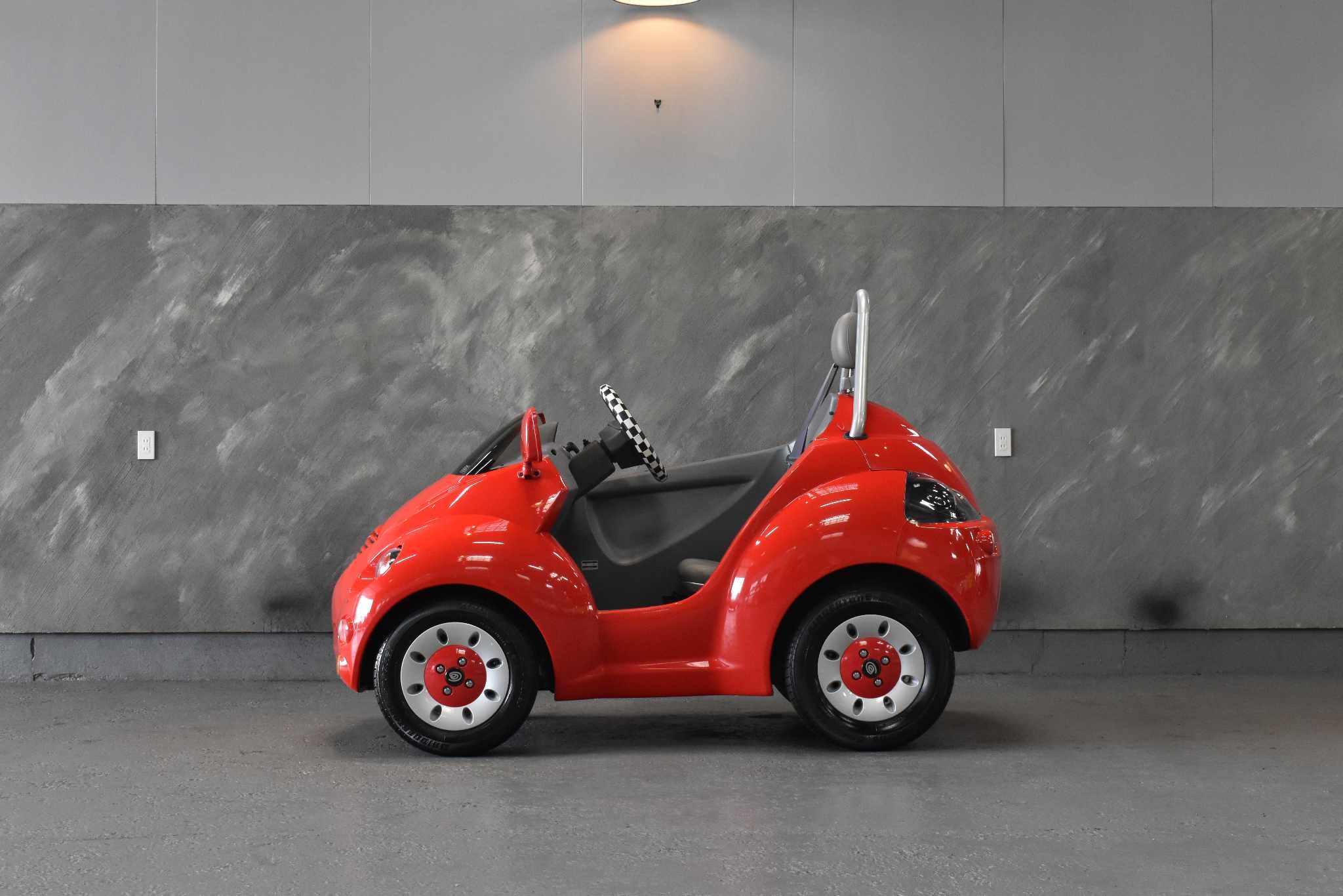 2002 年 Q-CAR